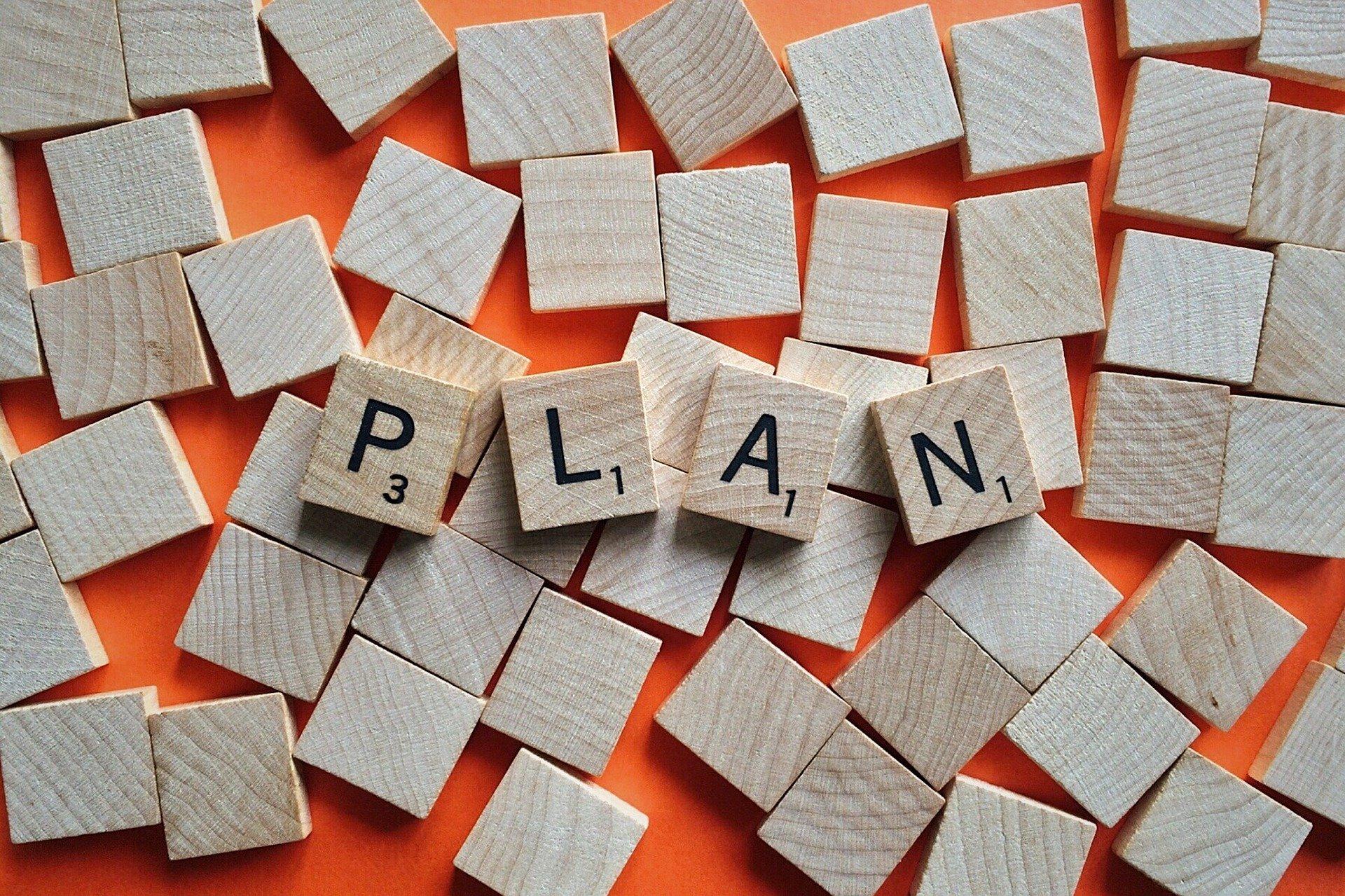המילה plan בקוביות שבץ-נא